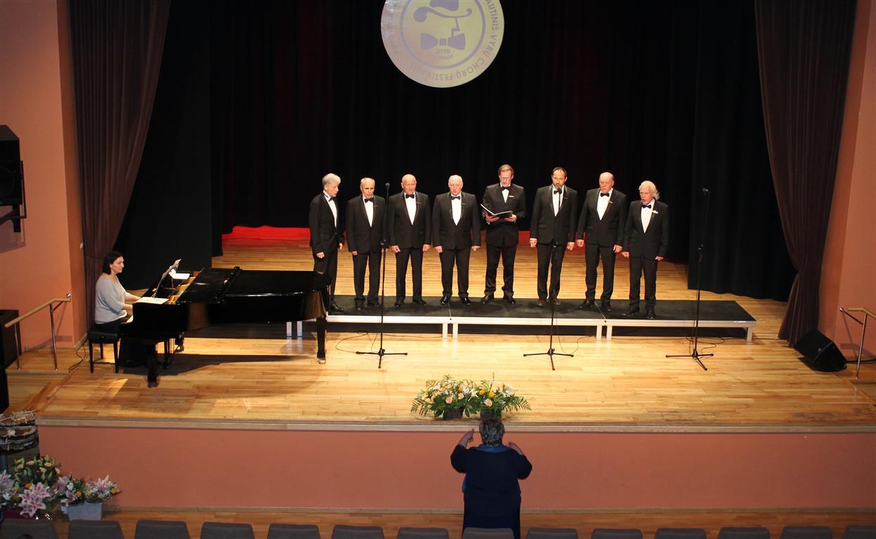2019-05-15 Nuskambėjo paskutiniai X-ojo vyrų chorų festivalio akordai