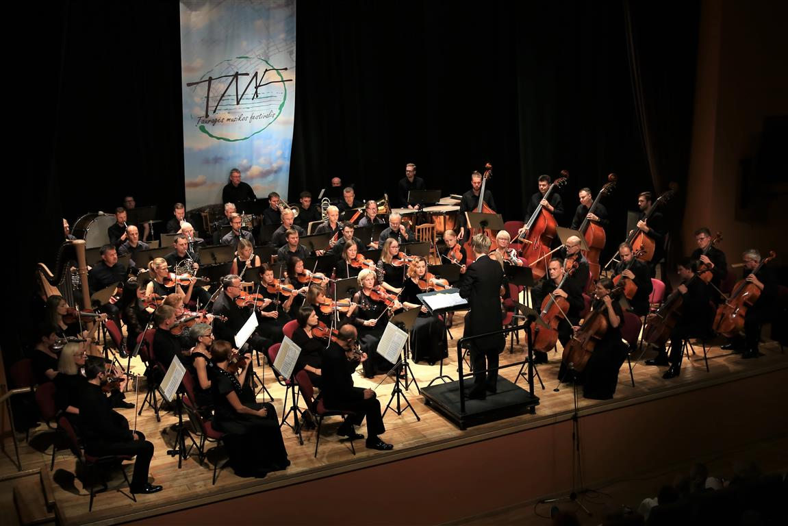 2019-09-06-Profesionalių atlikėjų pasirodymu uždarytas IX-asis tarptautinis Tauragės muzikos festivalis