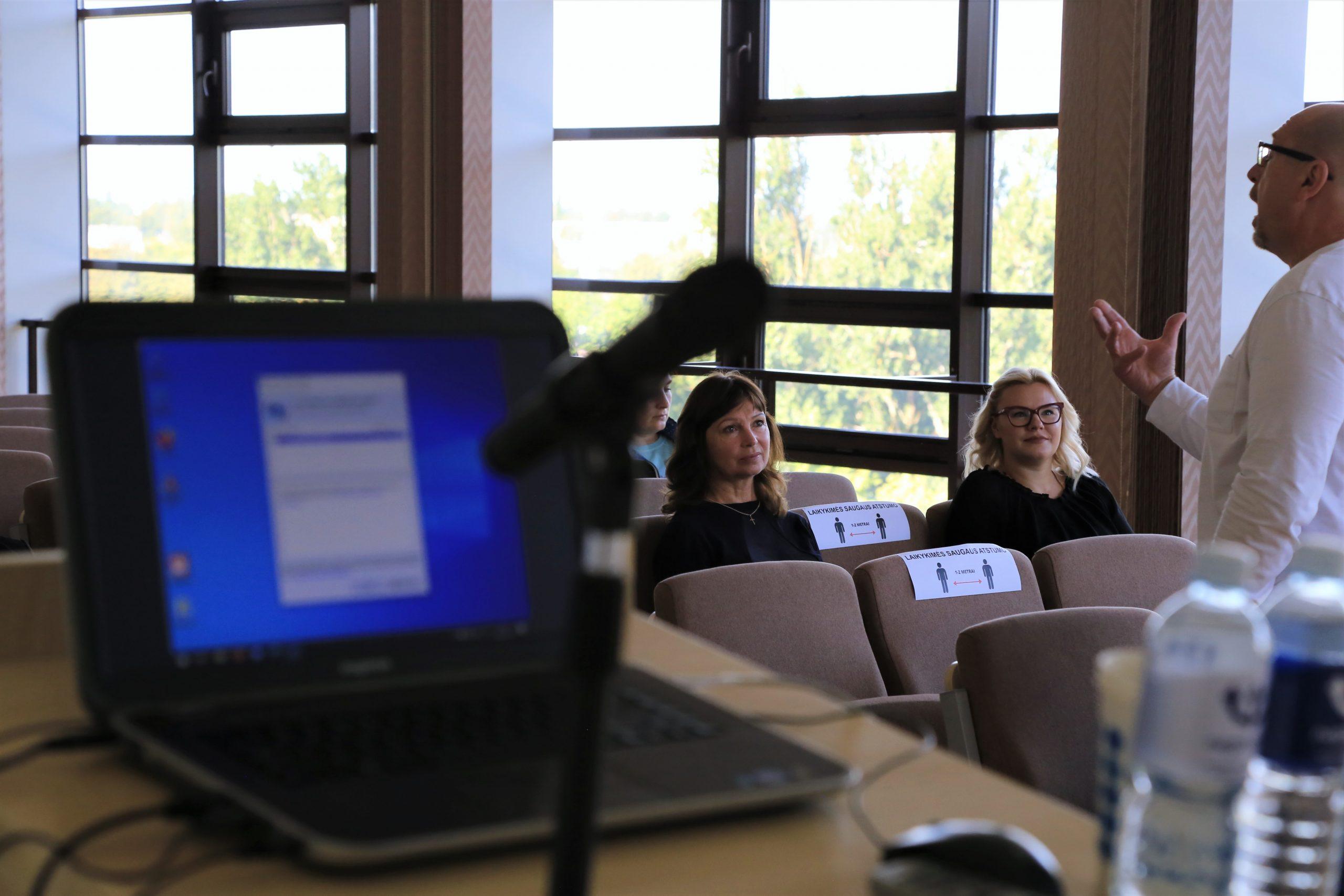 2020-09-10 Tauragės kultūros rūmuose – vadovų ir darbuotojų kvalifikacijos tobulinimo kursai
