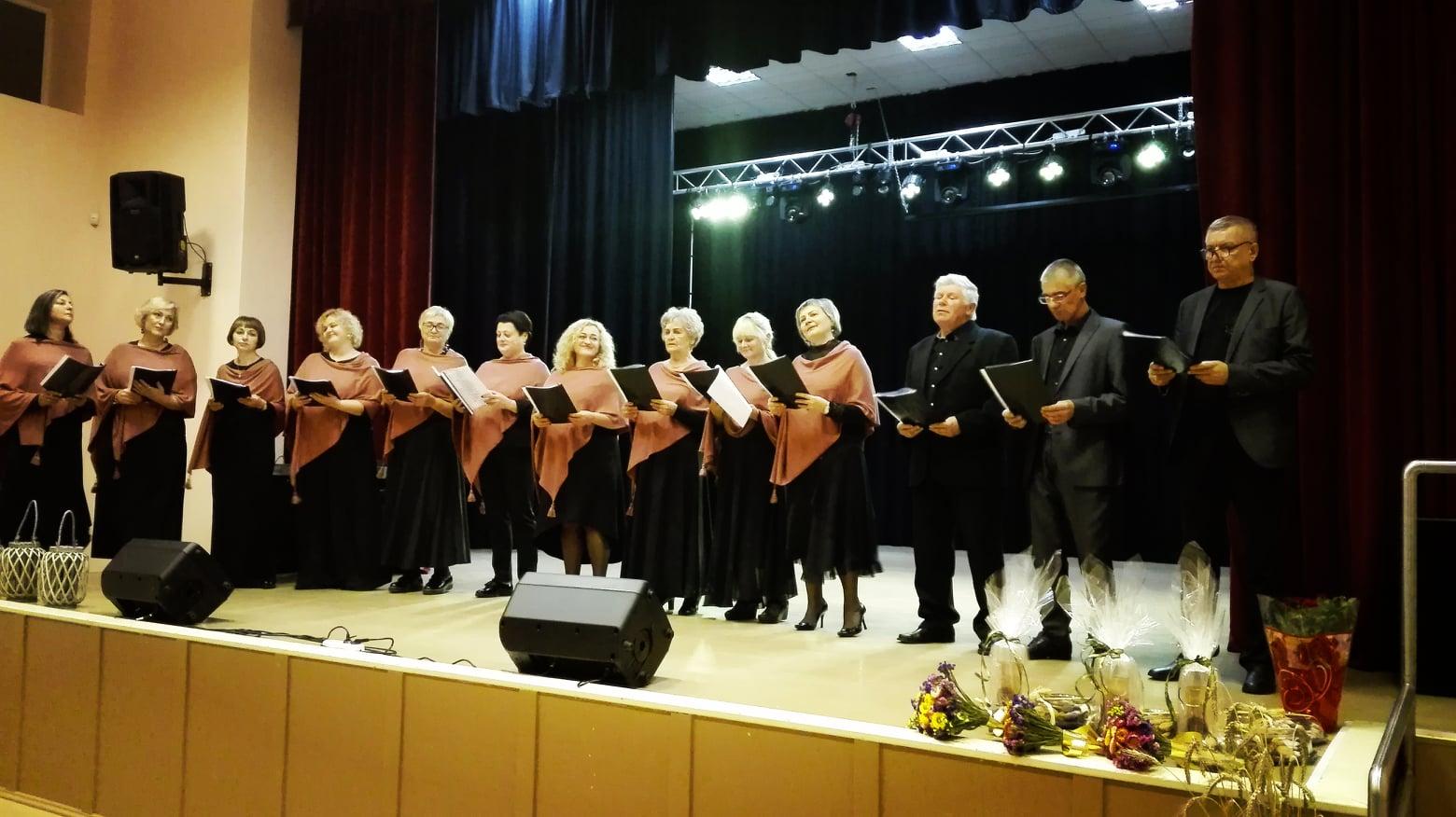 "2020-10-16 Tauragėje vėl skamba festivalis ""Visiems, kam artima daina"""