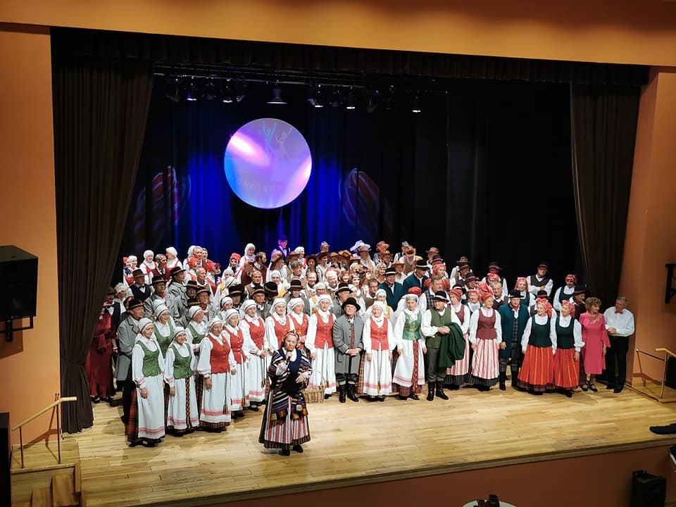 """2021-08-28 Festivalis """"Šokio sūkury"""" nuotaikingu šokių paminėjo 5 metų sukaktį"""