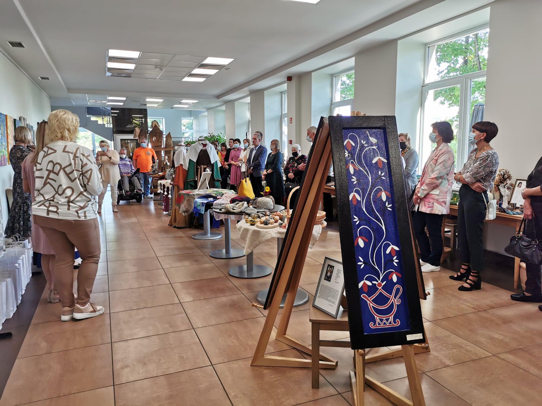 """2021-09-08 Tauragės dailiųjų amatų parodos """"Tauragei"""" uždaymas"""